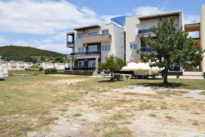 Baia Apartments-094
