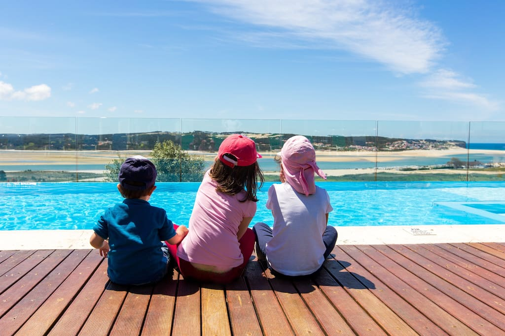 The perfect villa for your family to meet enjoying playtime / bonding