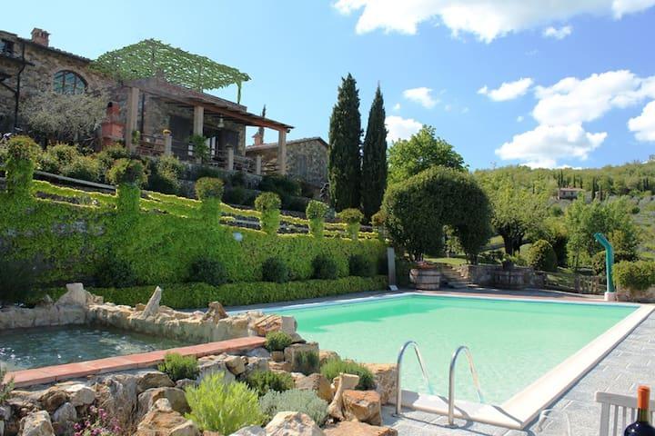 """IL PIAGGIONE DI SERRAVALLE """"BELVEDERE"""" - Castelnuovo Berardenga - Apartament"""