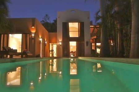 ORO DEL SOL 18-MODERN HOUSE - Tamarindo
