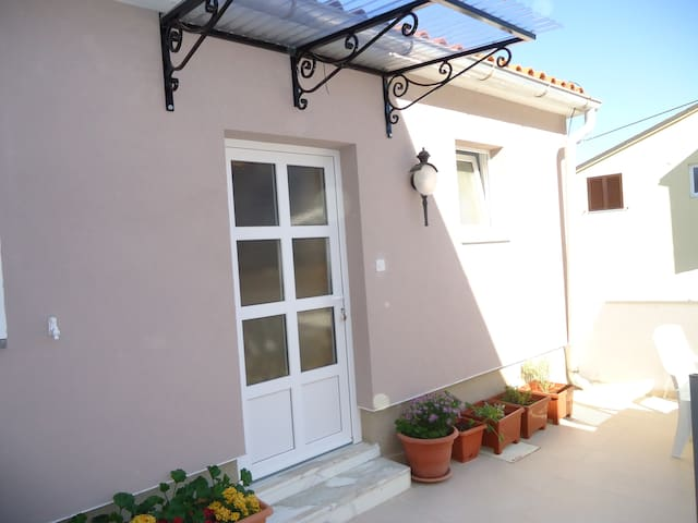 """Nice apartment with sea view"" - Mali Lošinj - Apartamento"