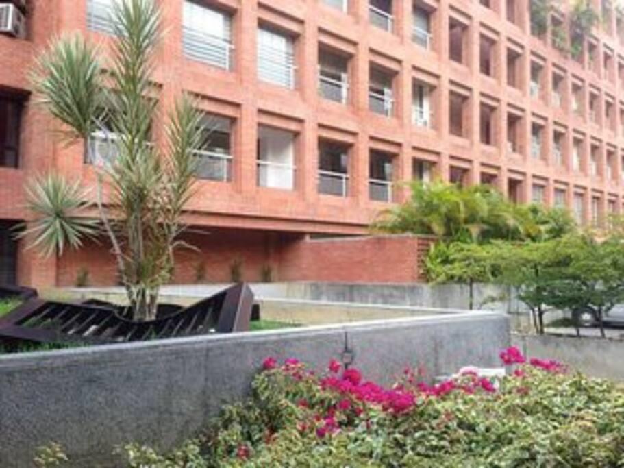 edificio de borges y pimentel premio nacional de arquitectura