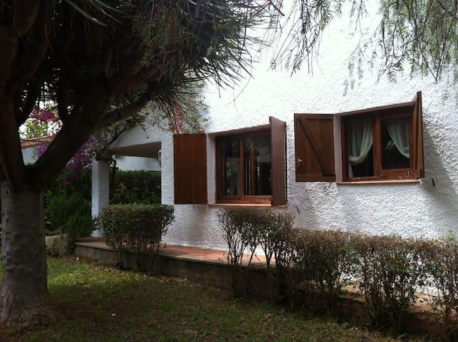 VILLA BENICENSE EN PLAYA ALMADRABA - Benicàssim - House