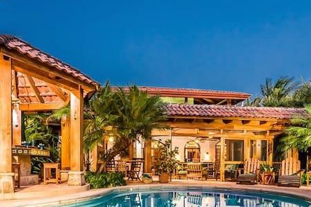 Casa Juliana, Oceanview Villa - Playa Junquillal - House