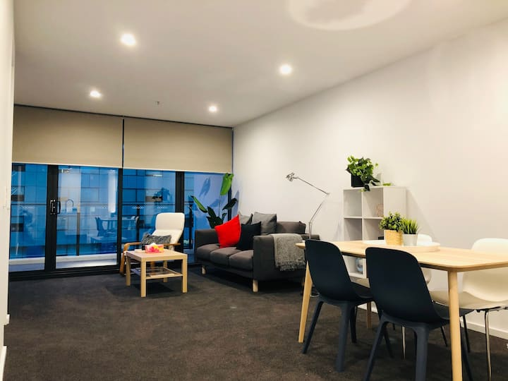 Best Location in City - 2BR, 2BA + Carpark