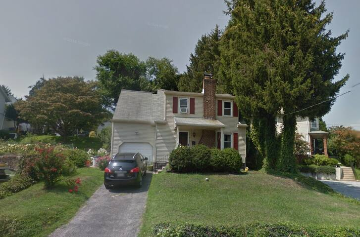3 Bedroom Mainline Home -Pope Visit - Bala Cynwyd - Hus