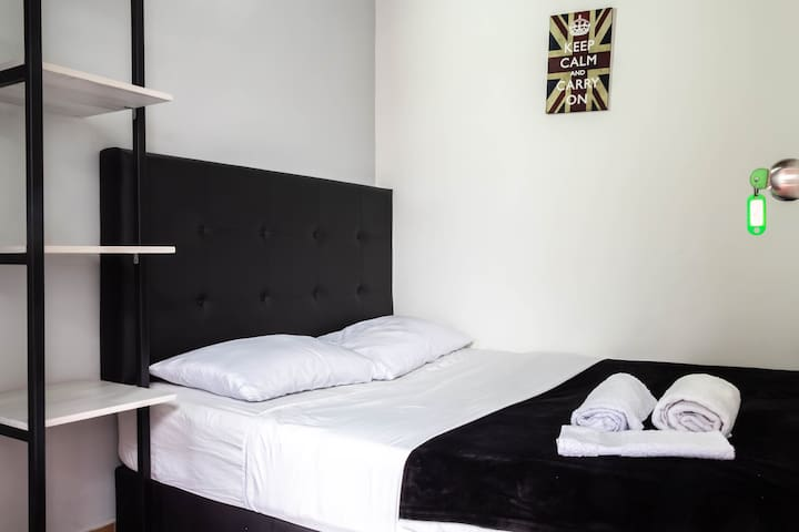 Ensuite Bedroom Poblado,Enjoy the Beauty of Nature