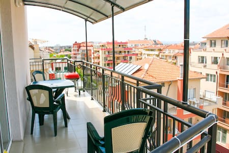 Studio apartment. Bulgaria, Pomorie - Apartment