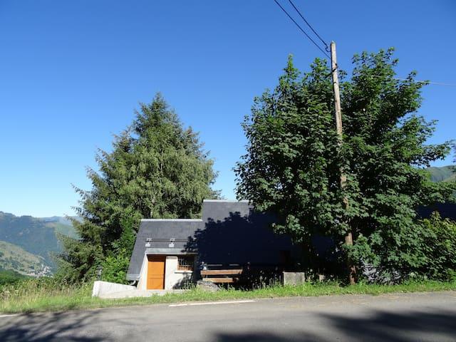 Logement dans chalet individuel  - Garin - Casa