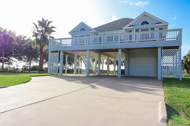 Great 3-bed, 2-bath. Close to the Ocean!