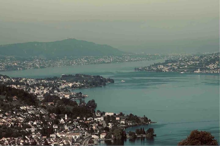 Over the Zurich Lake