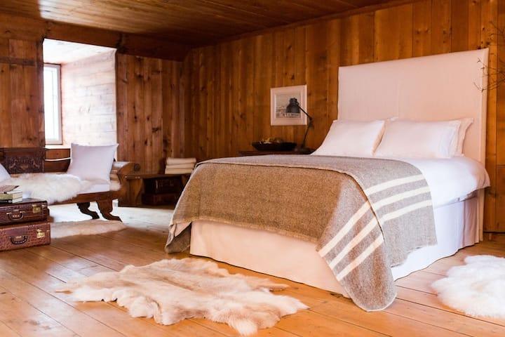 Comfort, history, elegance and hospitality