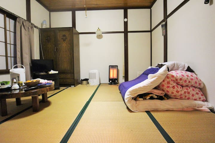 Room1★Hanabatake large old house TsuruokaSt15min