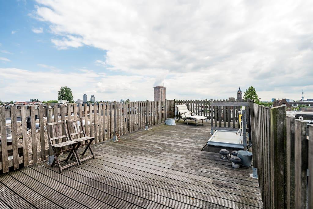 Comfort studio with rooftop terrace appartementen te for 4 holland terrace needham ma