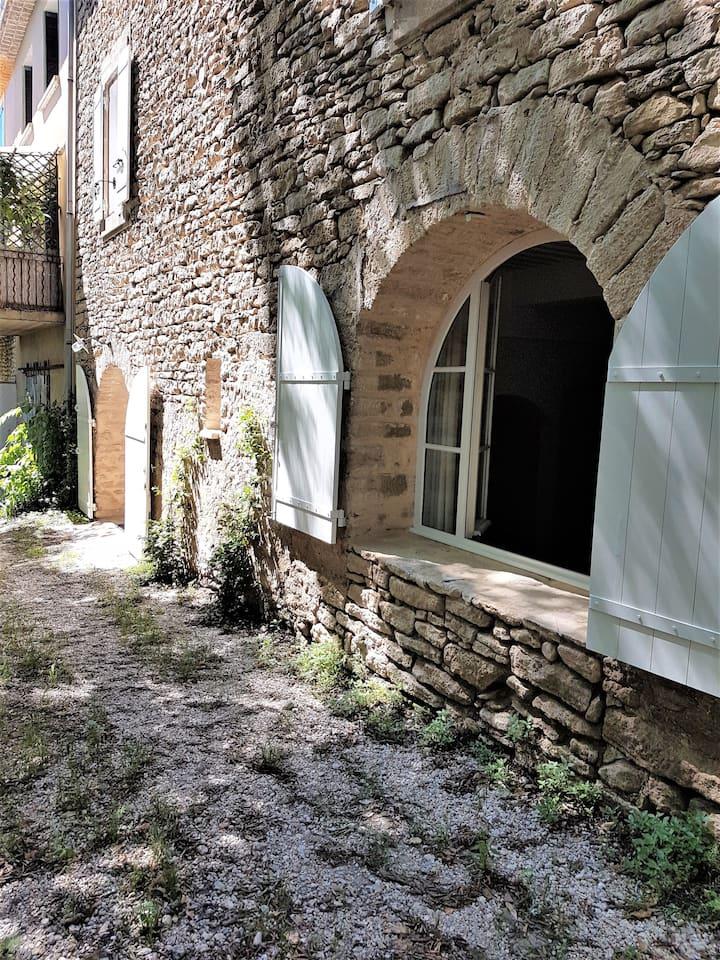 charme d'une ancienne maison de village