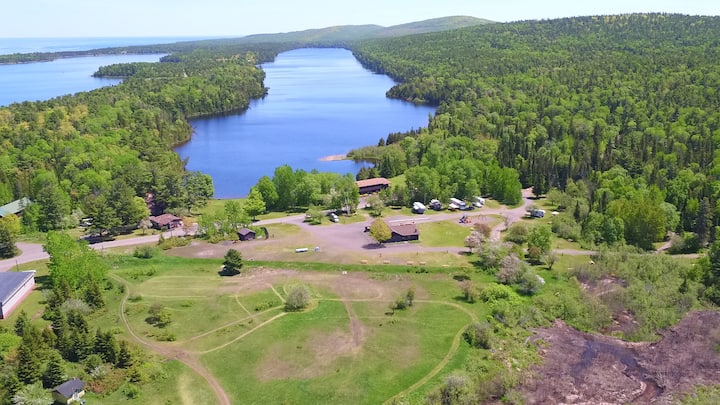 Lake Fanny Hooe Resort-2 bed with Balcony #12