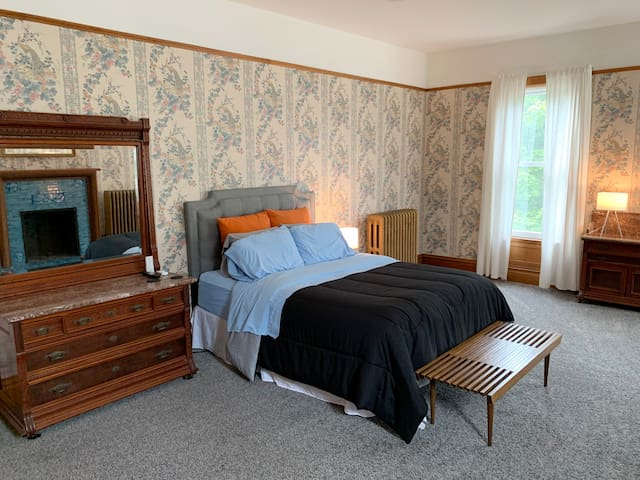Large private upstairs bedroom.