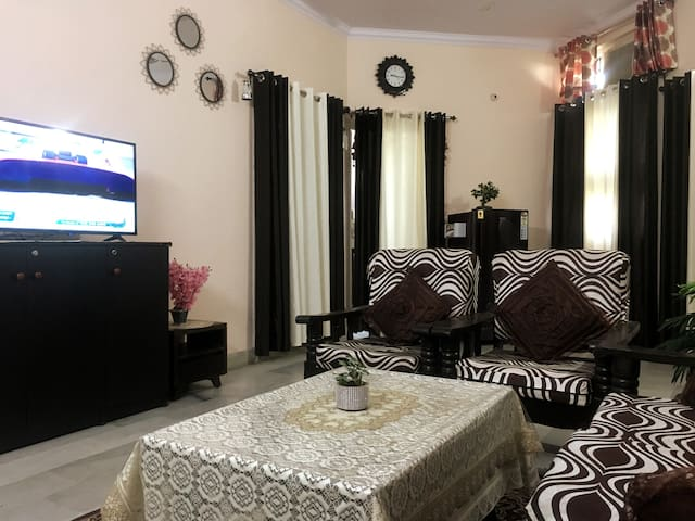 ★2BHK★ Great Location | Private Apartment