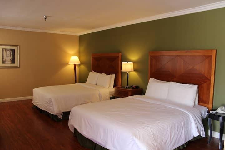 酒店双床房 QQ3
