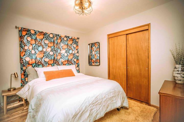 Room one, queen bed