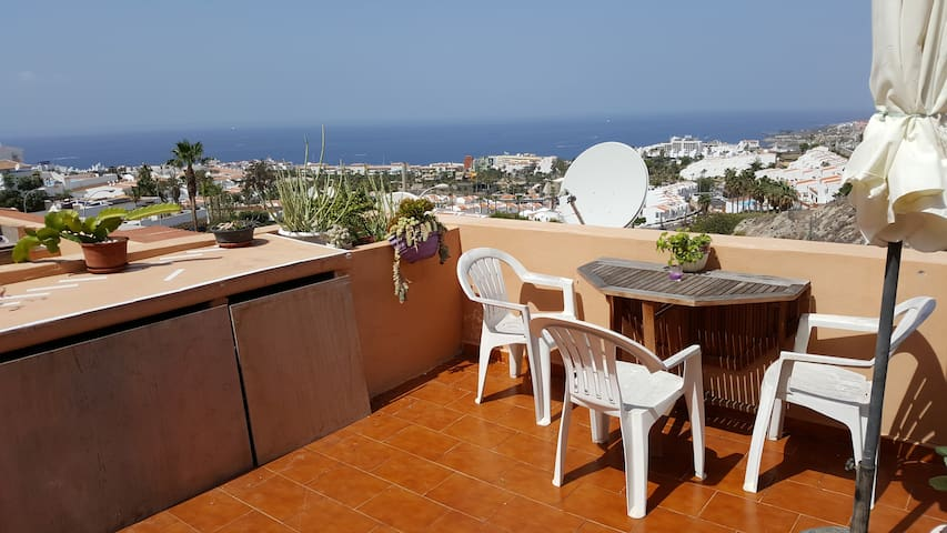 Outstanding Ocean View. Free Wifi. Great location - Costa Adeje - Lägenhet