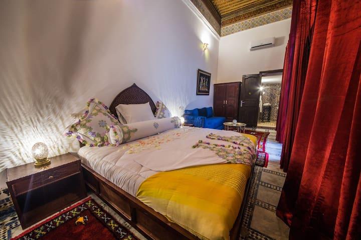 Authentic Moroccan Riad, Noufissa Room