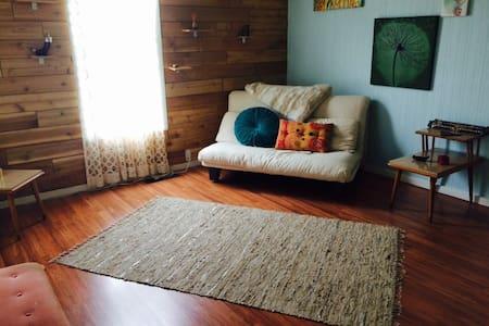 Quaint & Cozy, a Place to Call Home