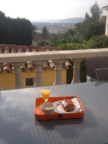 Bed and breakfast - Toulon - Bed & Breakfast
