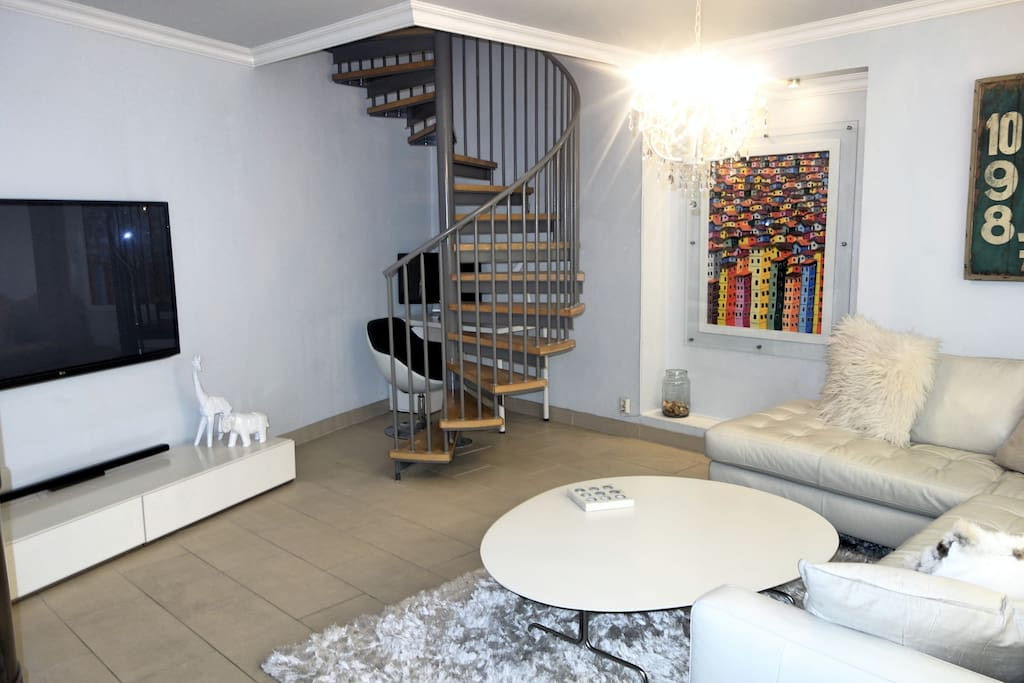 Two floor house apartment at the best location for Two floor apartment