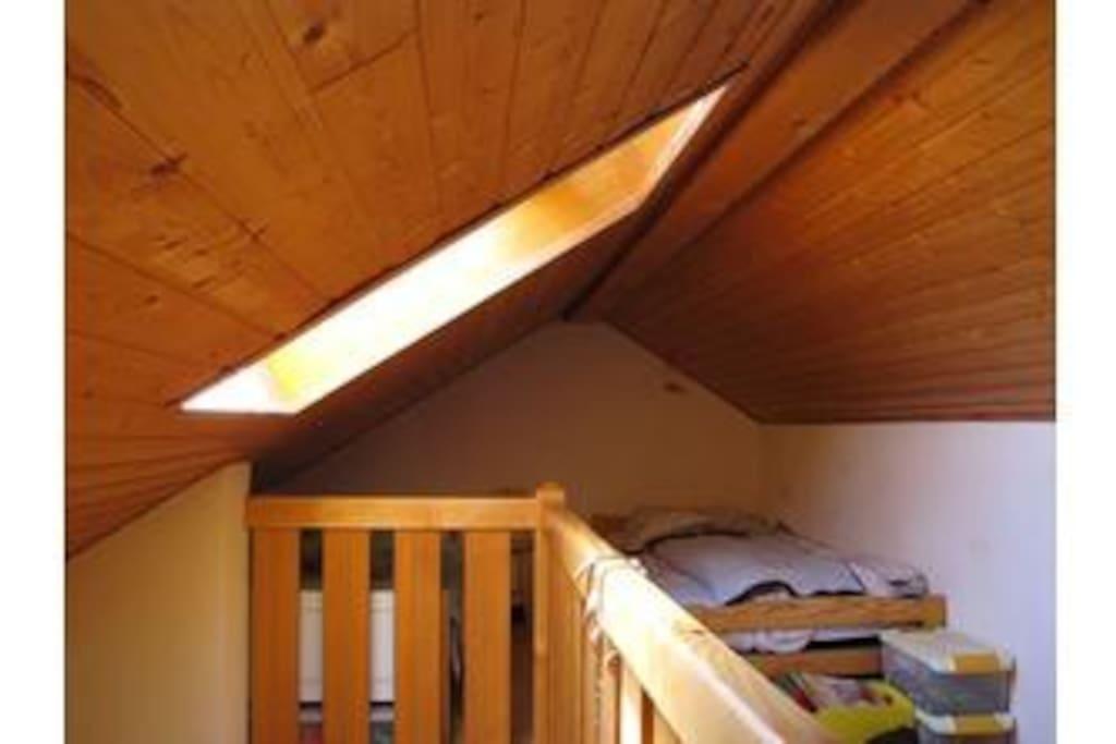 la mezzanine (2 lits de 90 )  à l'étage 2 .