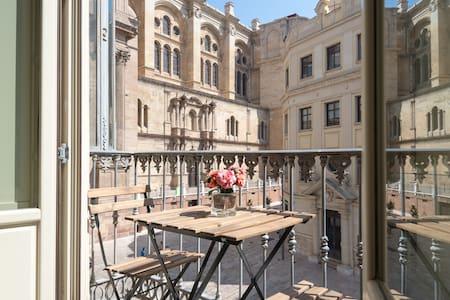CATHEDRAL STUDIO, STUNNING VIEW - Málaga