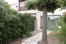 Jardin de 35 m2 avec terrasse