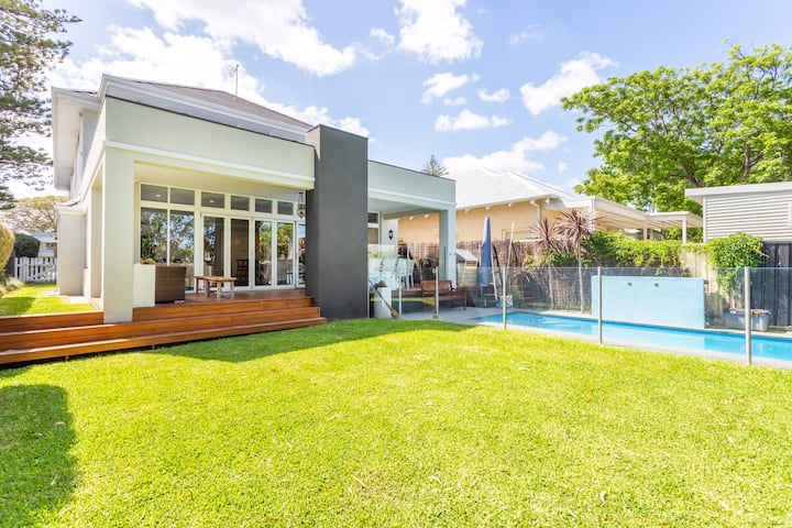 Cottesloe Hampton Pool House - EXECUTIVE ESCAPES