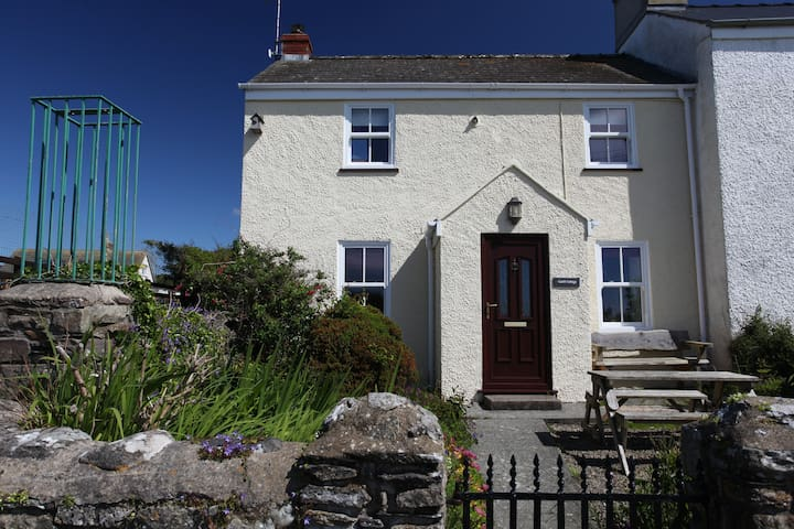 Cosy character cottage in the heart of St Davids - Saint Davids