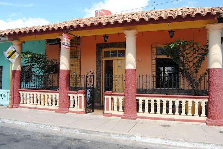Casa Colonial La Nonna (Habitación 2) - Pinar del Río