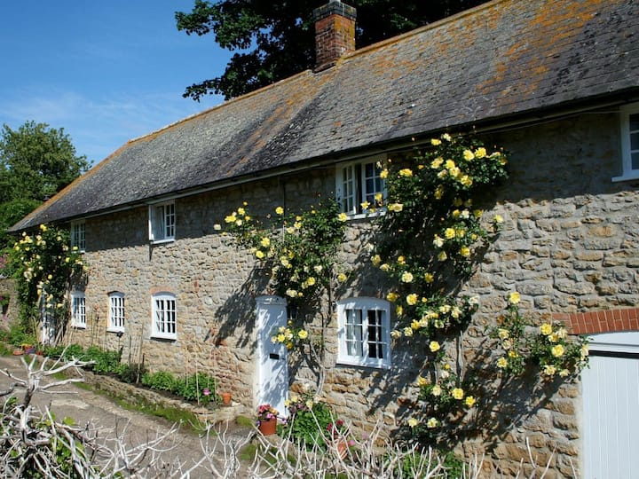 The Cottage - Abbotsbury (UK10417)