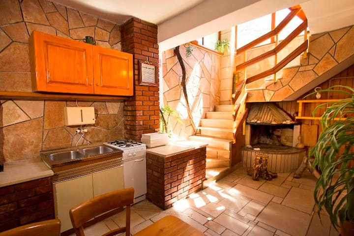 Wonderfull home in center of Povlja - Povlja