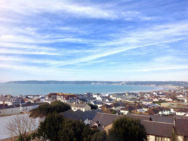 Panoramic Sea Views - St Helier - Hus