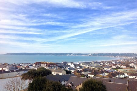 Panoramic Sea Views - St Helier - Casa