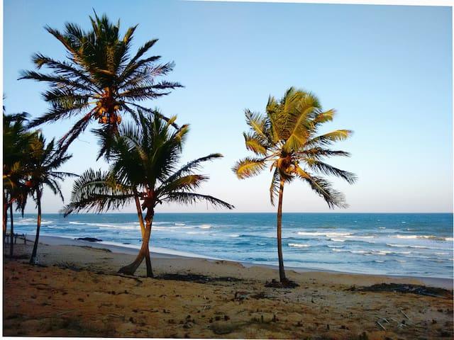 Chalé na Praia de Santo Antônio-BA - Mata de São João