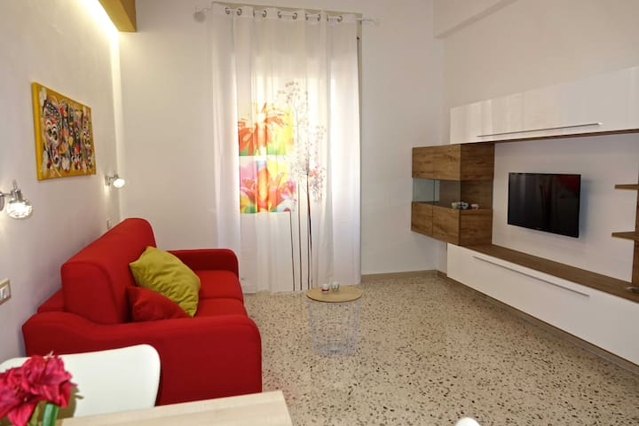 Colourful studio flat near Vietri, Amalfi, Paestum - Salerno - Apartment