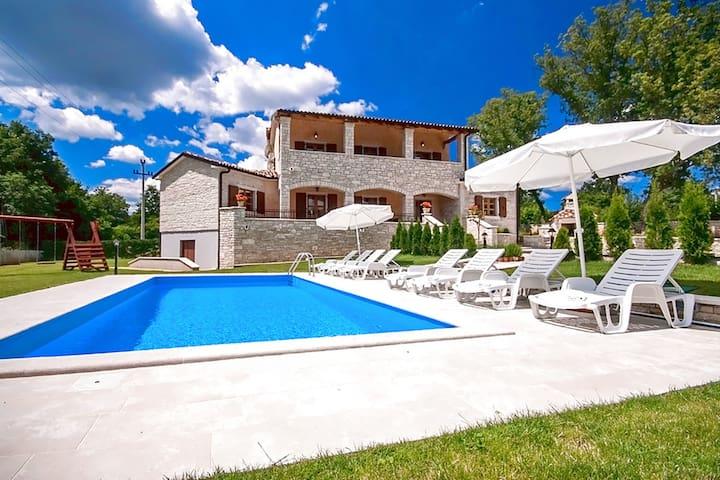 Villa Vernier for 6-8 people