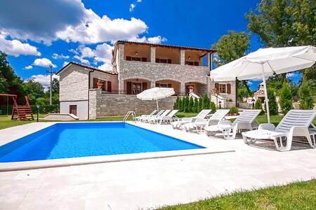 Villa Vernier for 6-8 people - Kringa - Hus