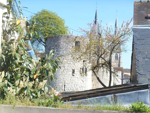 maison au coeur de ville médiévale - Dourdan - Huis
