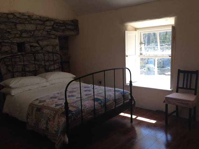 Fermoyle farmhouse B&B-ensuite - Fanore - Penzion (B&B)