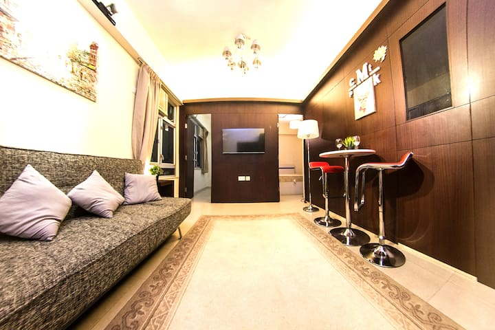 F7A. Cozy & New Deco apt in TST MTR