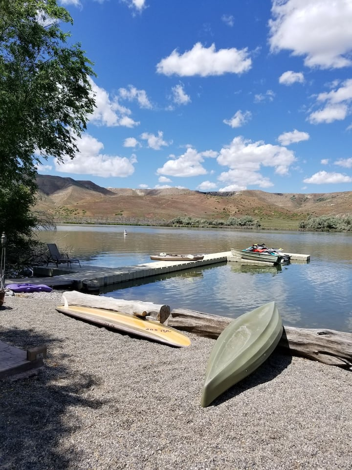 Private Vacation Cabin on 2.5 Acres of Snake River