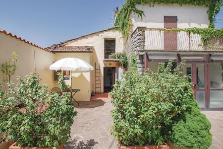Holiday apartment with 1 bedroom on 45m² in Gaiole in Chianti -SI-