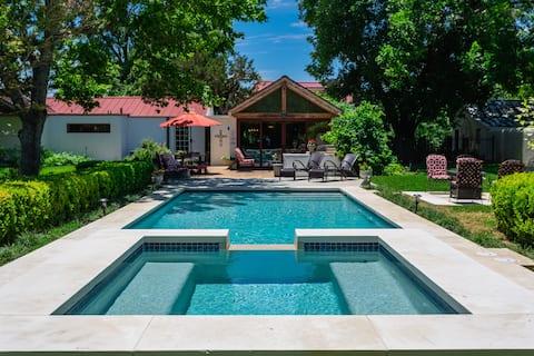 Sweet Escape-History Meets Luxury- Pool & Hot Tub