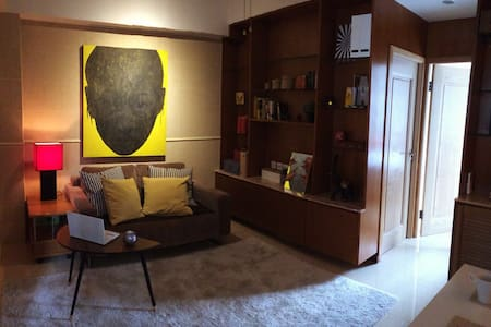 Entire Central SOHO 2 bed Rooms apt - 中環 - 公寓